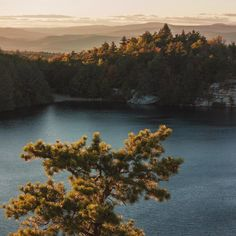 Lake Minnewaska Ulster County NY [OC 2560x2560] - http://amazinglybeautiful.photography