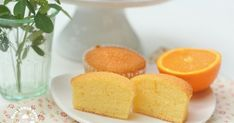 I made this light sponge cupcakes the other day, using fresh orange juices. This is a type of cupcake has no burden to your body, light a...