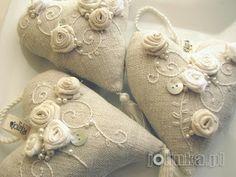 Embroidered lavender bags by by Jolinka, Jola Kamieńska