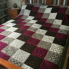 Transcendent Crochet a Solid Granny Square Ideas. Inconceivable Crochet a Solid Granny Square Ideas. Crochet Afghans, Crochet Bedspread, Crochet Quilt, Afghan Crochet Patterns, Knitting Patterns, Ravelry Crochet, Patchwork Patterns, Blanket Crochet, Crochet Motif