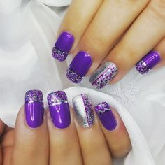 Gel Bottle Builder Gel with Ink London i36 and 37 layered for depth with glitter and striping tape.  @i.n.k_london @the_gelbottle_inc #thegelbottle #glitternails #ilac #striping #purplenails #layercombo #i36 #i37 #inklondon @scratchmagazine #gelpolish #nails #nailsoftheday #nailart #showscratch #scratchmagazine #notd #nailsofinsta #naildesign #naildesigns #shaftesburynails #dorsetnails #gillinghamnails #moleenddesign