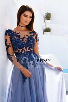 2017 See-Through Prom Dresses Scoop Long Sleeves Tulle With Applique A Line