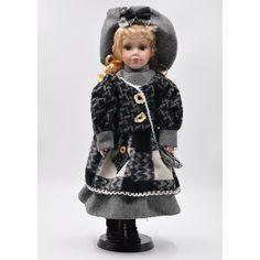 Porcelánová bábika Jozefína 40 Crochet Hats, Fashion, Knitting Hats, Moda, Fashion Styles, Fashion Illustrations
