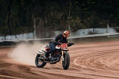 Ducati Flat Track Limited Edition - FULLER MOTO #motorcycles #flattrack #motos #ducati | caferacerpasion.com