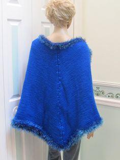 Sarah Lee likes.  Back view, vintage bed jacket, cape, fashion