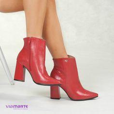 d0e07f1d3 Verniz é glamour: invista! ❤ #boots #trend #fashion #ViaMarte #