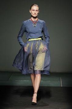 Uno de los diseños de la colección otoño-invierno 2013/14 de Juan Pedro López en la 080 Barcelona Fashion