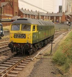 A green 47. One of my favourite diesels.