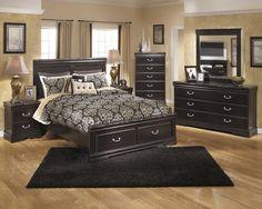 The 'Esmeralda' pictured w/ storage bed