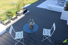 terrasse composite anthracite contemporaine