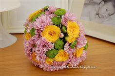 Aranjament floral - Glob de flori / Floral Arrangement - Ball of Flowers Floral Arrangements, Flowers, Florals, Flower Arrangement, Flower Arrangements, Flower, Table Arrangements, Floral, Floral Wreath
