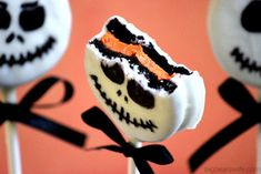 jack skelington oreo cookies | Big Bear's Wife: Jack Skellington Oreo Pops #SundaySupper