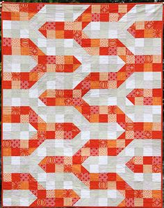 Free Quilt Tutorial by Kirsty (You had me at bonjour):  Chevron Baby Quilt