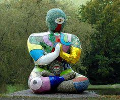niki-de-saint-phalle-buddha-493x412