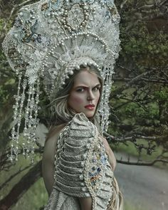 Stolen of innocence - model: Magda fashion designer: Agnieszka Osipa Russian Beauty, Russian Fashion, Fairytale Fashion, Russian Folk, Russian Style, Facon, Headdress, Ideias Fashion, Cosplay
