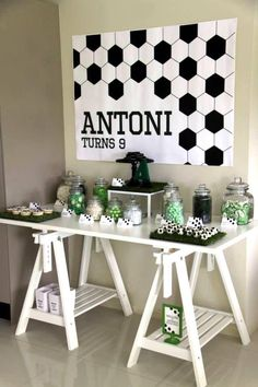 Soccer Party Concept, styling and printables by Memories are Sweet Lolly Buffets Australia Cookies and cakeballs by Velvetier This very fun Soccer birthday Party was created and styled by Jocelyn f… Soccer Birthday Parties, Football Birthday, Sports Birthday, Soccer Party, Sports Party, Birthday Party Themes, Boy Birthday, Soccer Decor, Soccer Banquet
