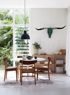 ☆A MODERNIST BEACH HOUSE IN SYDNEY | THE STYLE FILES