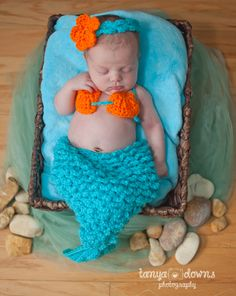» Blog Newborn mermaid, sleepy newborn poses, sweet newborn images, Tanya Downs Photography
