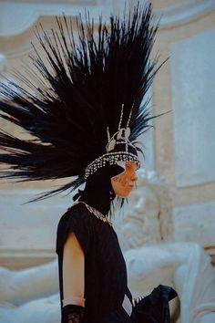 défilé croisière Gucci 2020 Gucci, Pop Culture, Cruise, Punk, Photography, Hat, Fashion, Chip Hat, Moda