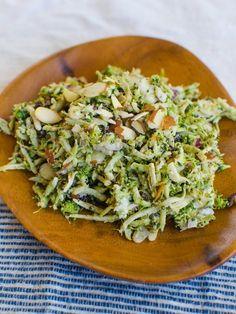 Light & Easy Broccoli Slaw