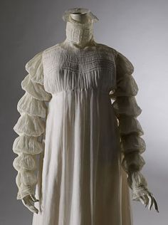 1816 muslin dress, with mameluke sleeves