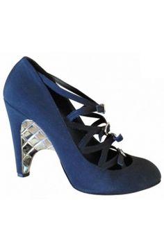 #Chanel Escarpins Satin soie noir Argent Boucle 39,5 #heels #kollas #kollasshop