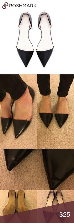 Zara Pointed Flats Comfortable and Chic pointed flats from Zara, worn only a handful of times, no scratches or scuffs, only flaw is the minimal creasing at the front due to the pointed toe, overall great pair of flats! Zara Shoes Flats & Loafers