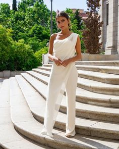 Mono Galatea blanco – Lady Pipa Zara, Crepe Fabric, Perfect Wedding, Jumpsuit, Overalls, Collection, Dresses, Monkey, Chic