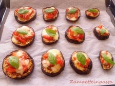 Pizza di melanzane - Ricetta facile e veloce Eggplant Pizza - Easy and fast recipe