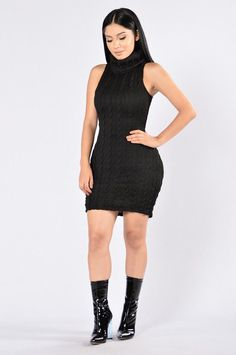 Winter Walk Dress - Black