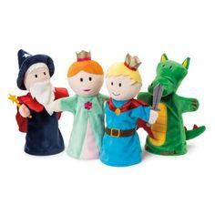 Ces 4 marionnettes à mains du Prince, de la Princesse, du Dragon et du Magicien vont permettre à votre petit de développer son potentiel créatif en les animant. Avec ses gestes et quelques mots, il devient le narrateur de sa propre histoire et décide du rôle des marionnettes !