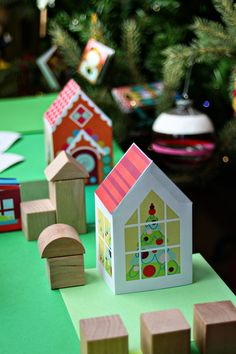 Print Paper House 4, Print and Make your own neigborhood, Free Printable Crafts for Kids, Printable Paper Toys Houses and Print a Street for fans of www.wonderweirded.com , with thanks to vivint for their series of print out pdfs