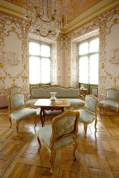 Rococo, Baroque, Gothic, And The Like — miss-mandy-m: Ludwigsburg Palace, Germany Baroque Architecture, Architecture Design, Beautiful Buildings, Beautiful Homes, Dream Decor, House Rooms, Luxury Living, Luxury Homes, House Design