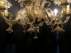 Lampadari in vetro soffiato di Murano Blown Glass Chandelier, Murano Chandelier, Chandeliers, Surprise Gifts, Murano Glass, Ceiling Lights, Interior Design, Places, Wall