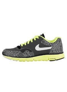 pretty nice e0104 9f606 The Nike Lunar Safari delivers a modern take on the favorite. This  Anthracite Volt colorway has