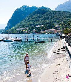 A little beach in Menaggio - Lake Como   Una piccola spiaggia a Menaggio, sul Lago di Como