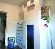 Castle playhouse & loft bed - IKEA Hackers