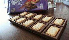 Milka LU Alpenmilch* Schokolade, belegt mit 20 Keksen LU Keksen