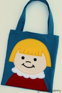 Little People tote bag. Do kids still like Little People? I would've loved this back in the day!