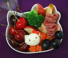 Hello Kitty Egg Bento