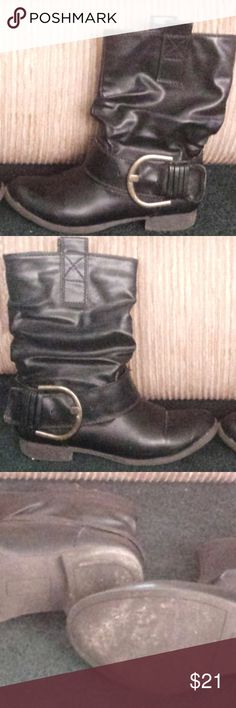 American Eagle Leather Boots In good used condition, these boots feature a large brass buckle at the side of each. Minor scuffs on front which black shoe polish should obscure. Very comfortable, even with thicker (Winter) tights on. No worries about blisters with these boots. American Eagle Outfitters Shoes Ankle Boots & Booties