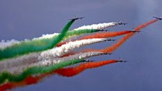 Pisa Air Show i provvedimenti al traffico sul litorale National Flag India, Airplane Photography, Air Show, Stunts, Pisa, Tornado, Indian Army, Airplanes, Aircraft