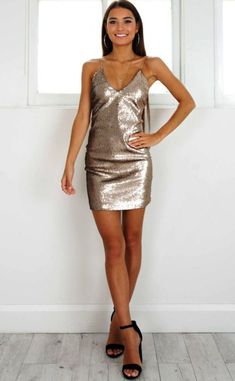16 Ideas party dress short tight fun for 2019 Homecoming Dresses Tight, Hoco Dresses, Trendy Dresses, Elegant Dresses, Evening Dresses, Short Tight Dresses, Prom Dress, Wedding Dress, Formal Outfits