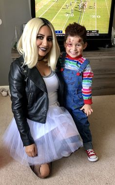 Mom and Son Halloween costume Mother Son Costumes, Mommy Baby Halloween Costumes, Different Halloween Costumes, Mom Costumes, Baby Halloween Costumes For Boys, Halloween Outfits, Couple Halloween, Mom And Baby Costumes, Little Boy Costumes