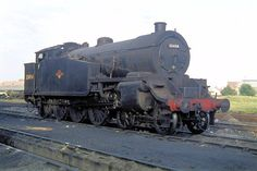 A brief history with pictures of Urie's class steam locomotive. Diesel Locomotive, Steam Locomotive, Southern Trains, Milwaukee Road, Southern Railways, Steam Railway, Battle Of Britain, Steam Engine, East Sussex