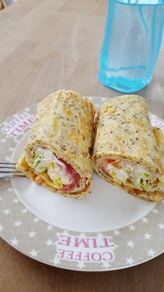 Grundrezept Low-Carb Wrap, ein schönes Rezept aus der Kategorie Grundrezepte. Bewertungen: 16. Durchschnitt: Ø 4,4. Fast Food Low Carb, Low Carb Keto, Low Fat Snacks, Low Carb Pizza, Low Carb Desserts, Low Carb Recipes, Snack Recipes, Dessert Recipes, Healthy Recipes