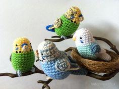 Crochet Birds - these look like the exact budgies we had as kids!