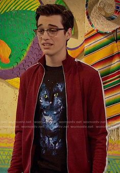 Joey's galaxy cat t-shirt on Liv and Maddie Joey Bragg, Galaxy Cat, Band Outfits, Disney Channel Stars, Disney Shows, Cat Shirts, The Funny, I Movie, Hilarious
