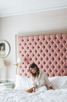 A headboard is an important part of your bed because it can make a statement, add color and be functional! Here are some chic upholstered headboard ideas that will add texture to any bedroom. Headboards For Beds, House Interior, Bedroom Headboard, Bedroom, Room, Bedroom Design, Upholstered Headboard, Bedroom Furniture, Home Bedroom