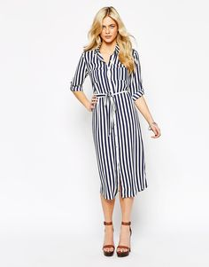 Sam Faiers slips into striped shirt dress as she heads out with Billie | Daily Mail Online